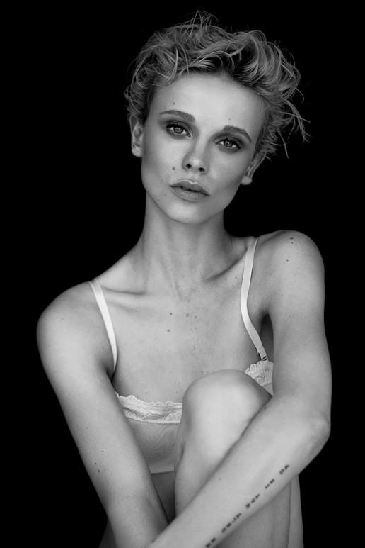 by Sebastian Brüll lingerie girl nude pure