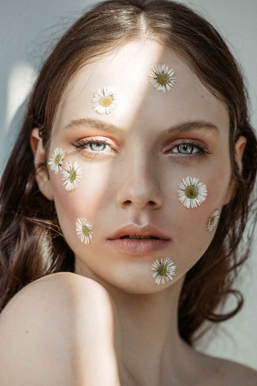 Beauty Editorial - Isabel K. c/o M4Models shot by Sebastian Brüll for Factice Magazine
